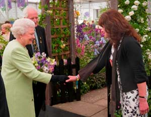 Julie & Queen at Chelsea Flower Show